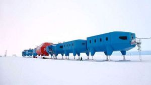 Halley-VI-Antarctic-research-station_1