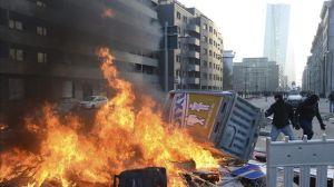 Violentos-enfrentamientos-Francfort-inauguracion-BCE_EDIIMA20150318_0175_13
